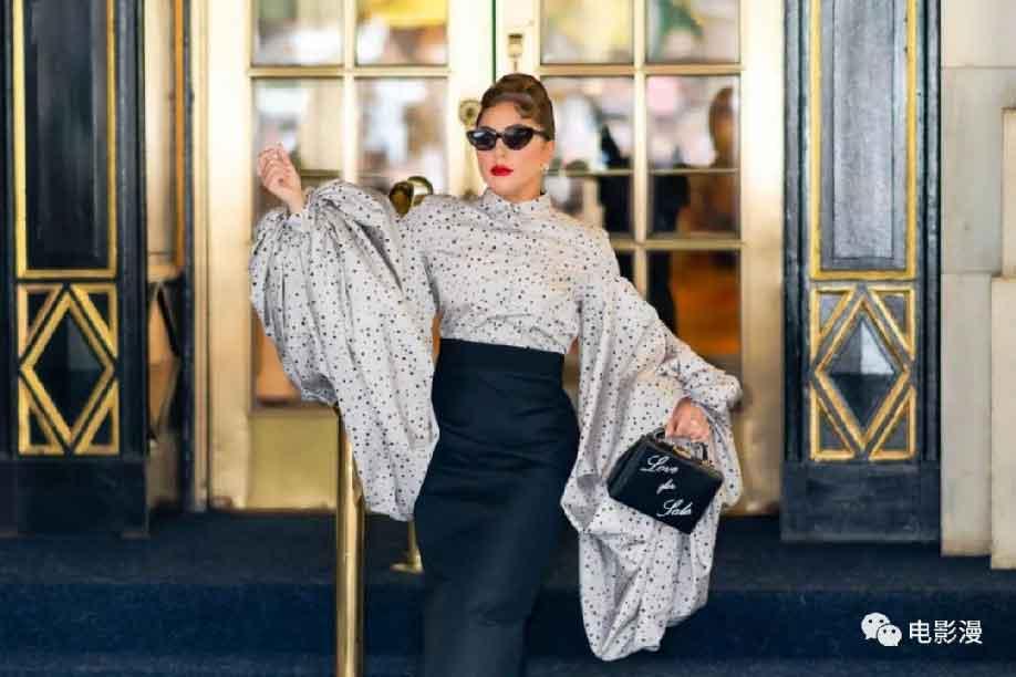 街拍丨Lady Gaga在纽约街头,很有姐就是女王的霸气